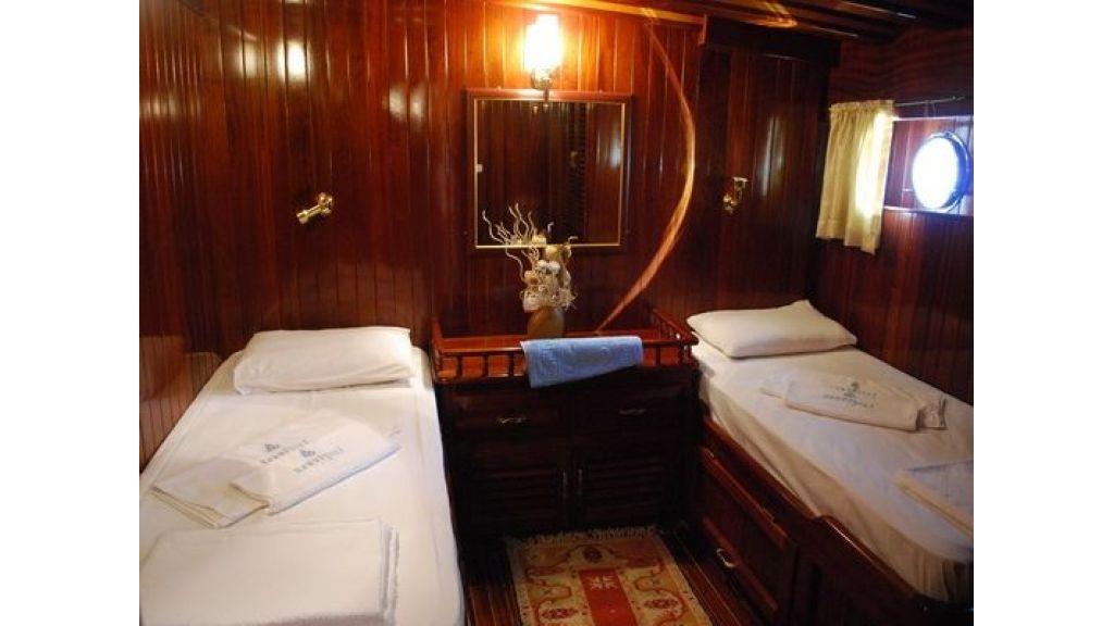 Cift Yataklı Kabin