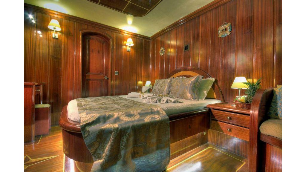 12- Diva Deniz Front Master Cabin