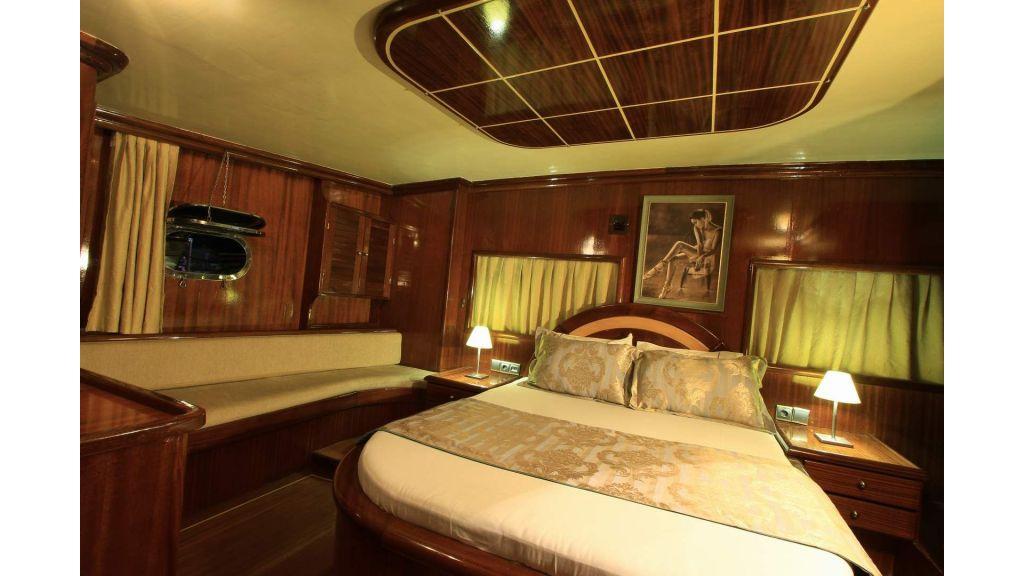 14-Diva Deniz Aft Master Cabin