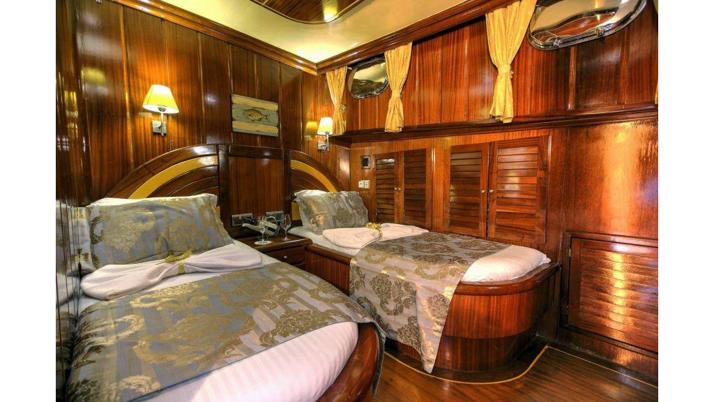 16-Diva Deniz Twin Cabin
