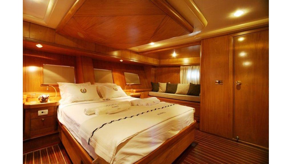 SCHATZ - Aft Master Cabin (1)
