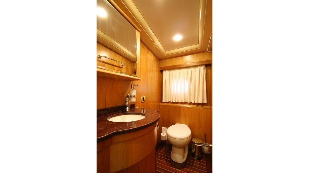 SCHATZ - Bathrooms (2)